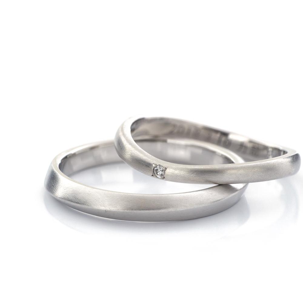 オーダーメイドマリッジリング 白バック プラチナ、ゴールド 屋久島で作る結婚指輪