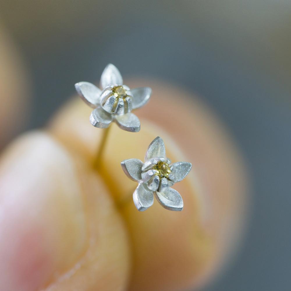 お花のピアス 屋久島のみかんの花 シルバー、ゴールド オーダーメイドジュエリー