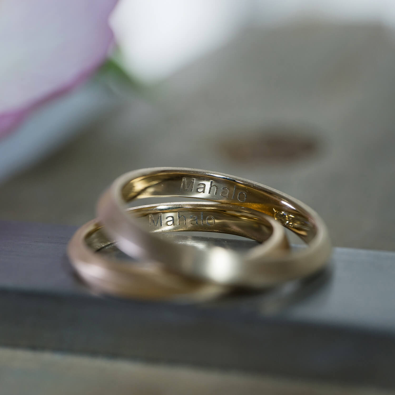 角度2 オーダーメイドマリッジリング 屋久島ジュエリーのアトリエ ゴールド、ダイヤモンド 屋久島でつくる結婚指輪