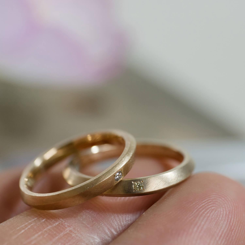 角度3 オーダーメイドマリッジリング 屋久島ジュエリーのアトリエ ゴールド、ダイヤモンド 屋久島でつくる結婚指輪