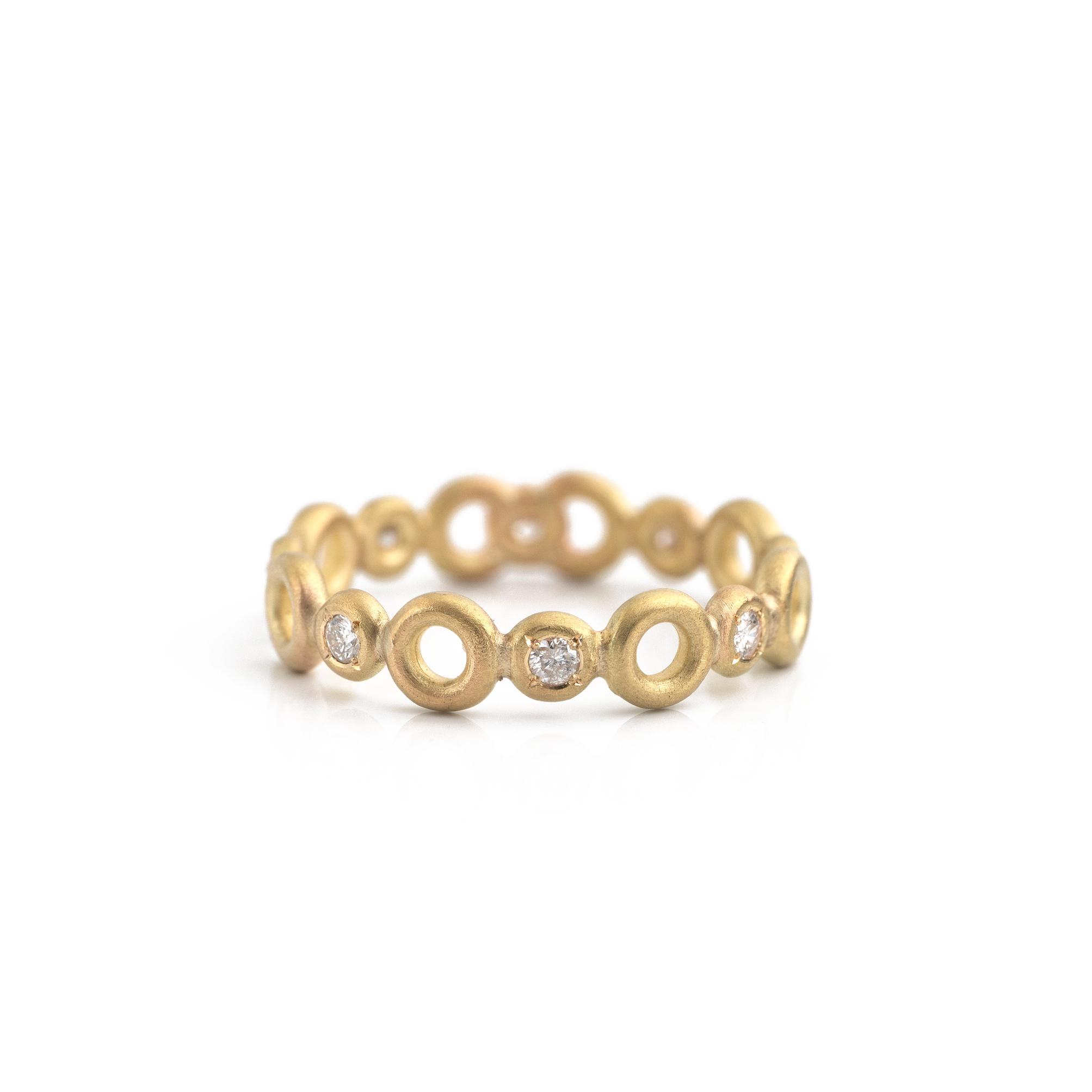 オーダーメイドエンゲージリング 白バック ゴールド、ダイヤモンド 屋久島でつくる結婚指輪