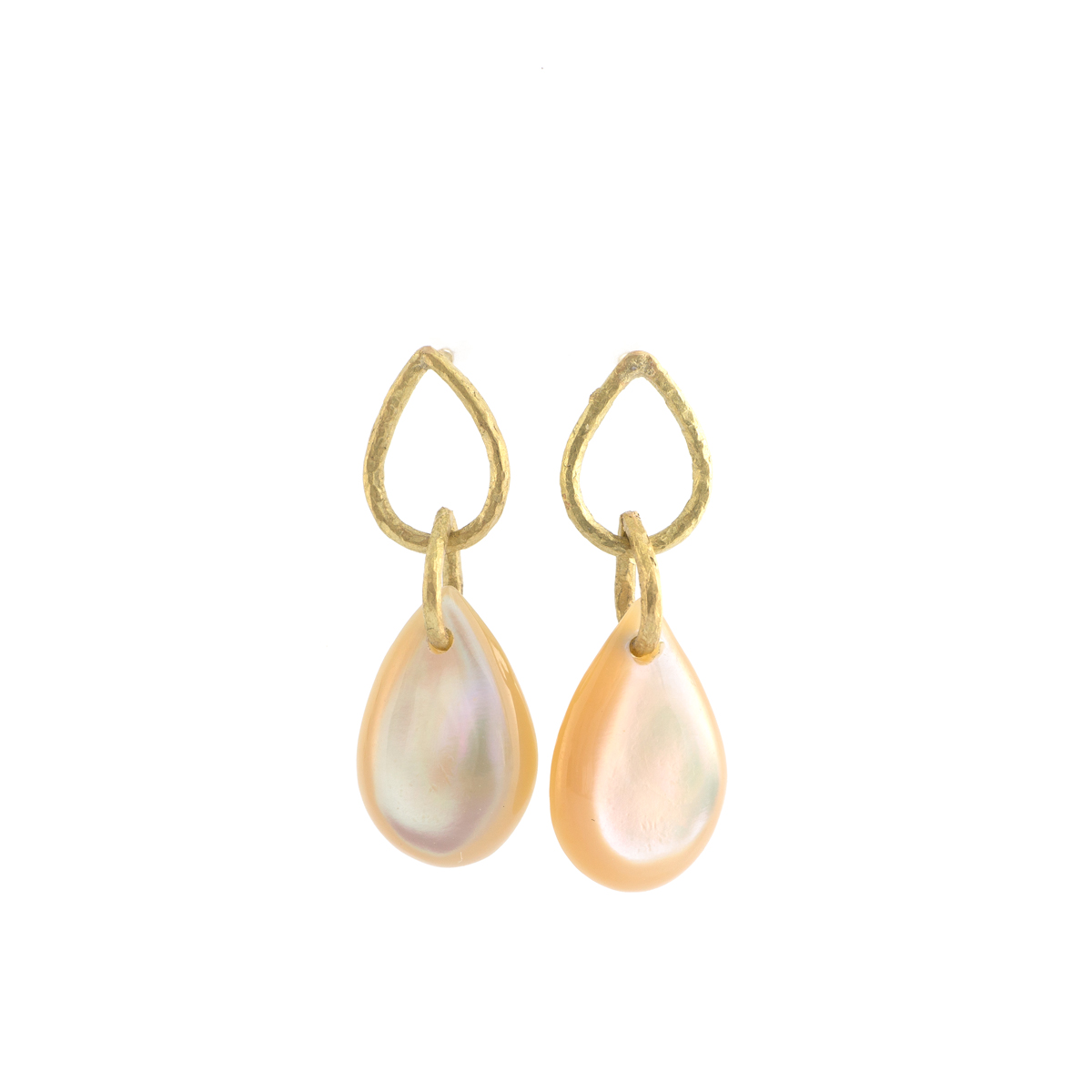 yellow gold drop earrings with shell from Yakushima Island 海のしずくネックレス
