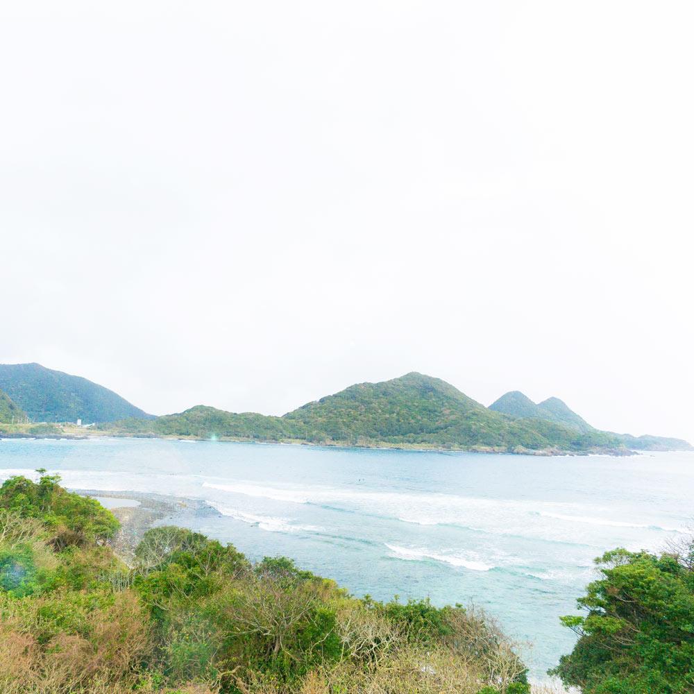 屋久島の海 波 屋久島海とジュエリーと オーダーメイドマリッジリングのモチーフ