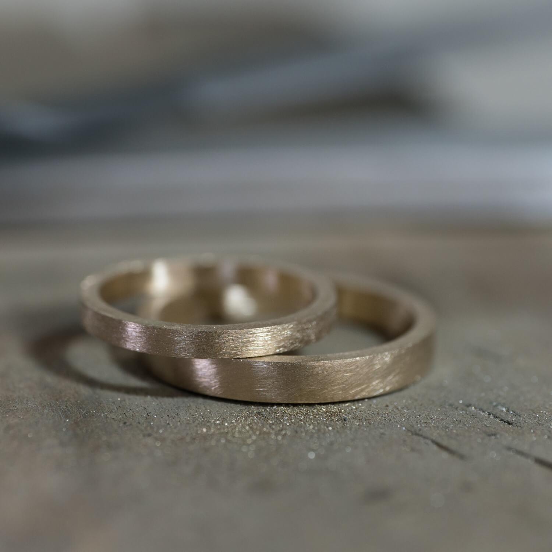 場面2 オーダーメイドマリッジリングの制作過程 屋久島ジュエリーのアトリエ ゴールドリング 屋久島でつくる結婚指輪