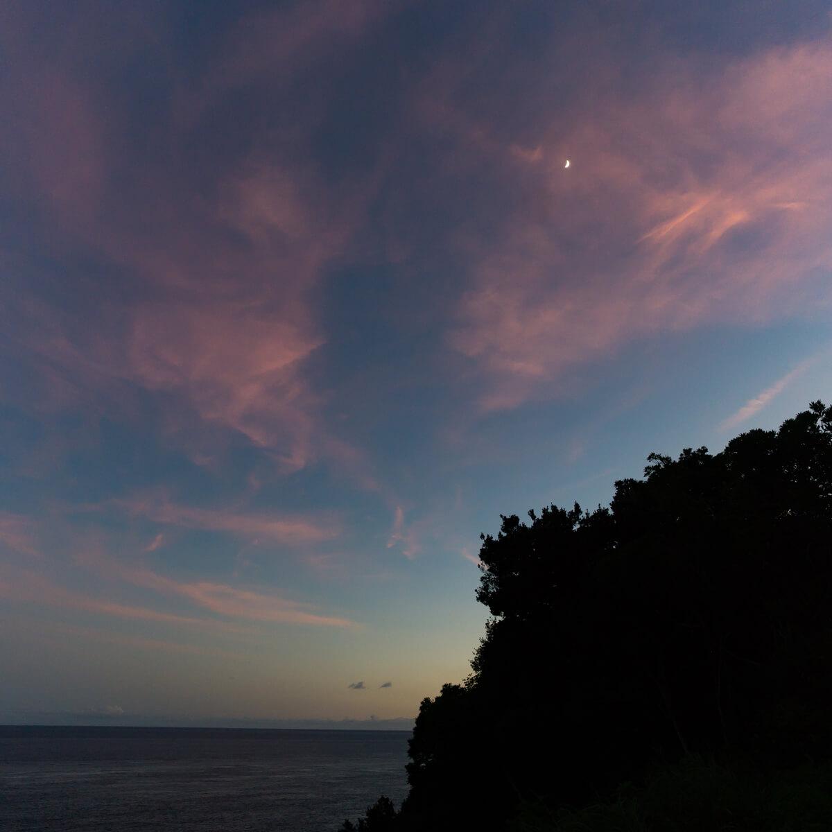 屋久島の月夜 海、空 屋久島日々の暮らしとジュエリー オーダーメイドジュエリーのモチーフ
