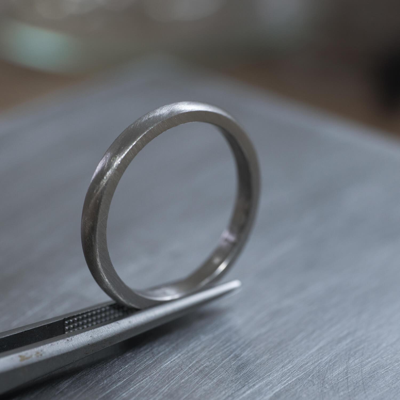 角度2 オーダーメイドマリッジリングの制作風景 ジュエリーのアトリエ プラチナリング 屋久島でつくる結婚指輪
