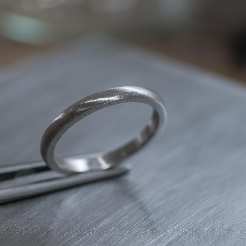 角度3 オーダーメイドマリッジリングの制作風景 ジュエリーのアトリエ プラチナリング 屋久島でつくる結婚指輪