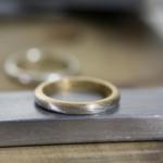 角度4 オーダーメイド結婚指輪の制作風景 ジュエリーのアトリエ  プラチナ、ゴールドのリング 屋久島でつくる結婚指輪