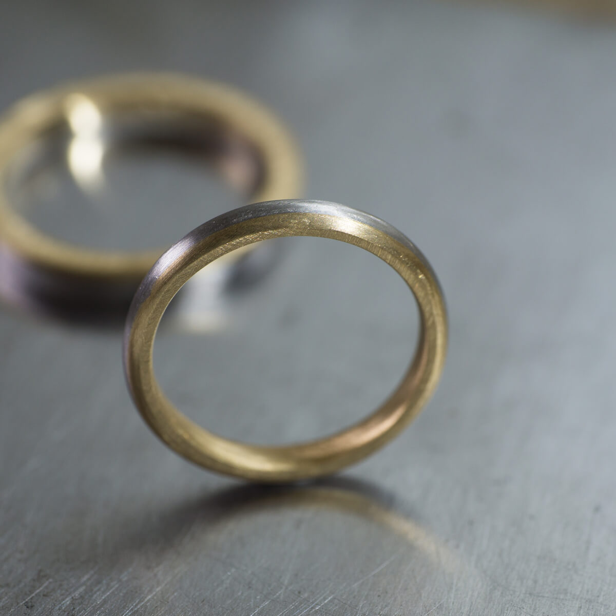 オーダーメイドマリッジリング ジュエリーのアトリエ ゴールド、プラチナ 屋久島の水平線モチーフ 屋久島でつくる結婚指輪
