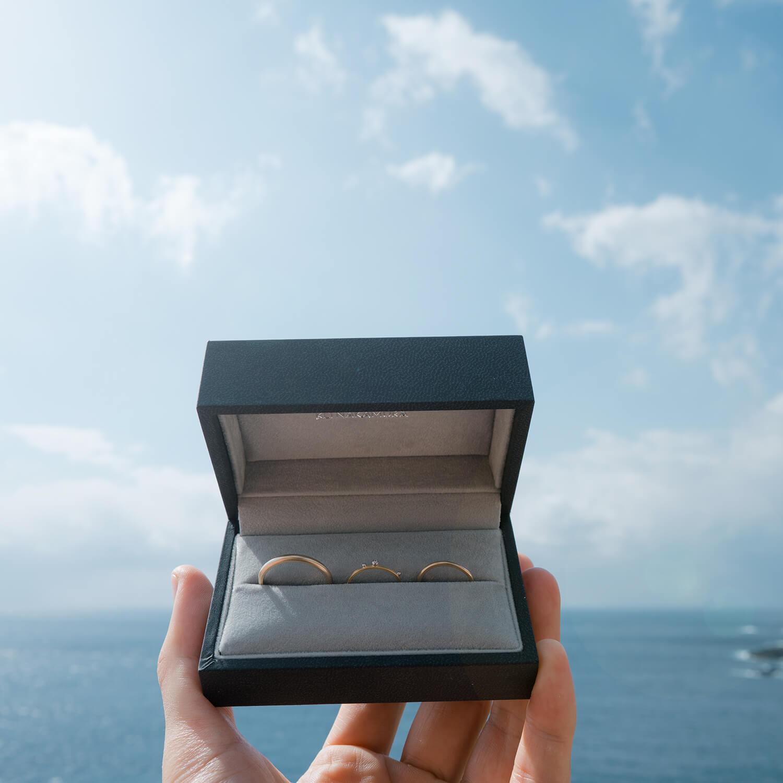 オーダーメイドマリッジリング 屋久島の海バック ゴールド、ダイヤモンド 屋久島海とジュエリー 屋久島でつくる結婚指輪