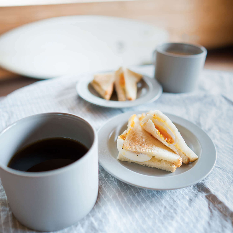 サンドイッチ、コーヒー、サーフボード 屋久島日々の暮らしとジュエリー オーダーメイド結婚指輪のアトリエ