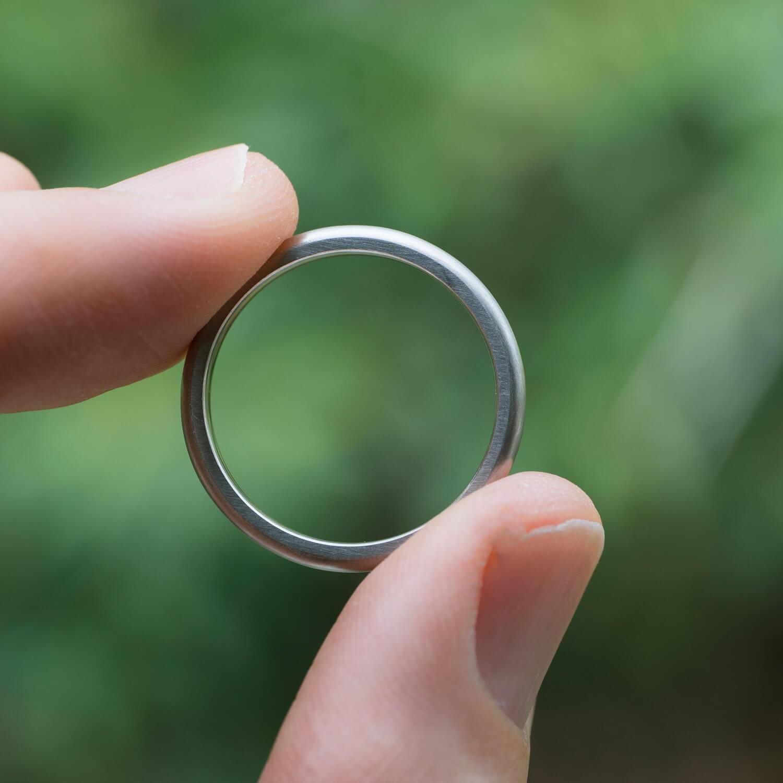 オーダーメイドマリッジリング 屋久島の緑バック プラチナ、ゴールド 屋久島でつくる結婚指輪