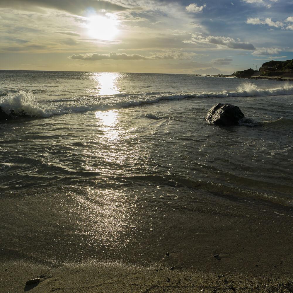 屋久島の海、空 夕暮れ時 屋久島海とジュエリー 屋久島でつくる結婚指輪