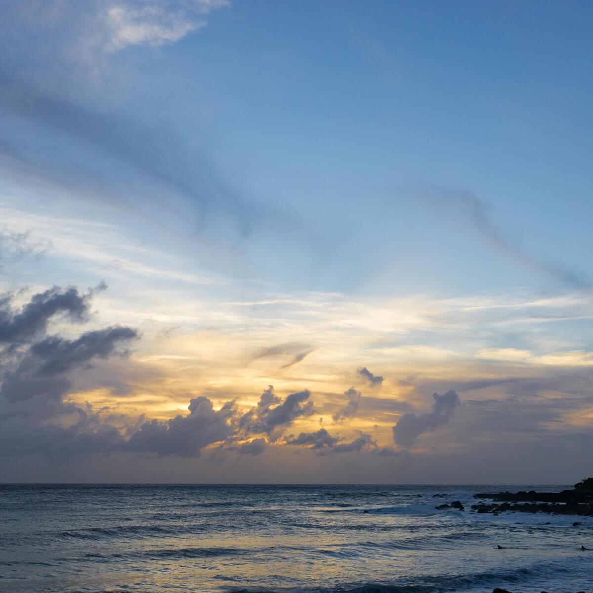 屋久島の海、空 夕暮れ時 オーダーメイドマリッジリングのモチーフ 屋久島でつくる結婚指輪