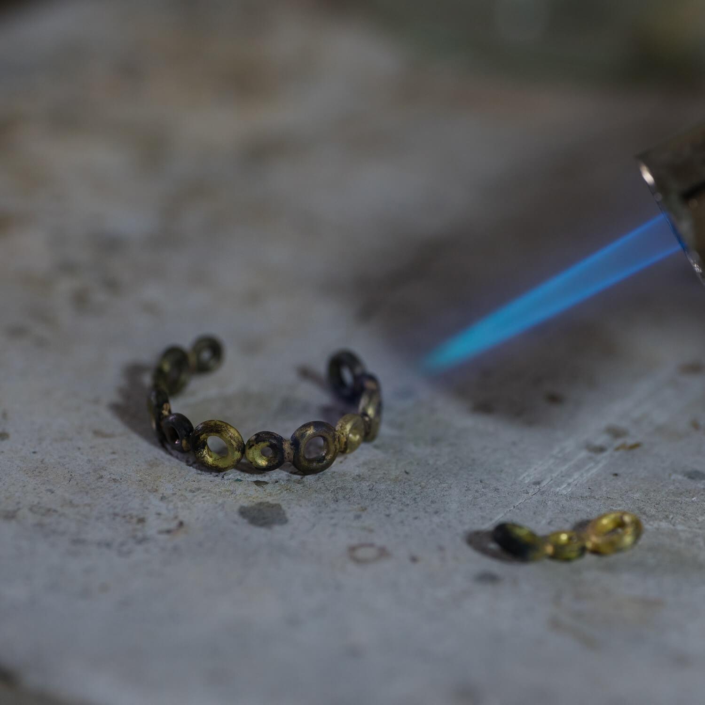 オーダーメイドエンゲージリングの制作過程 屋久島ジュエリーのアトリエ 屋久島でつくる結婚指輪 ゴールド
