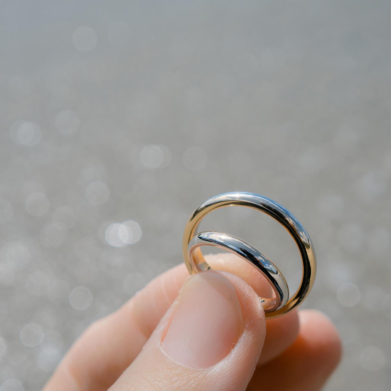 オーダーメイドマリッジリング 屋久島の海バック ゴールド、プラチナ 屋久島の海モチーフ 屋久島でつくる結婚指輪
