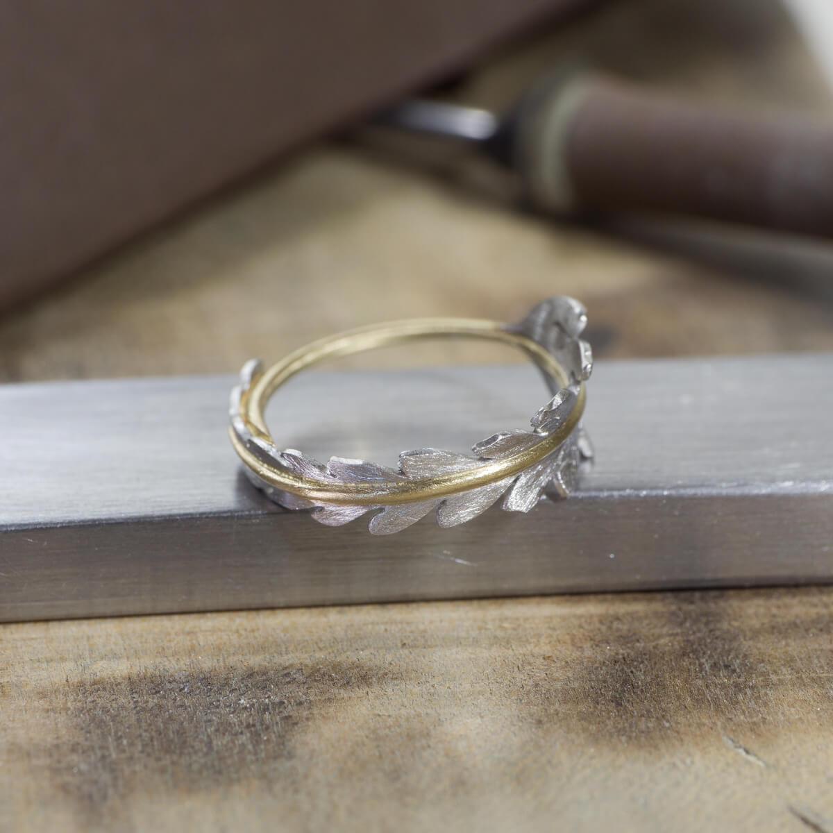 オーダーメイドエンゲージリング ジュエリーのアトリエ 屋久島のシダモチーフ ゴールド、プラチナ 屋久島でつくる婚約指輪