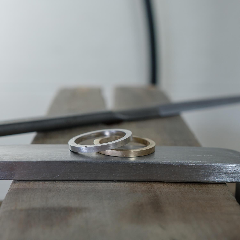 オーダーメイドマリッジリングの制作風景 屋久島ジュエリーのアトリエ プラチナ、ゴールド 屋久島でつくる結婚指輪