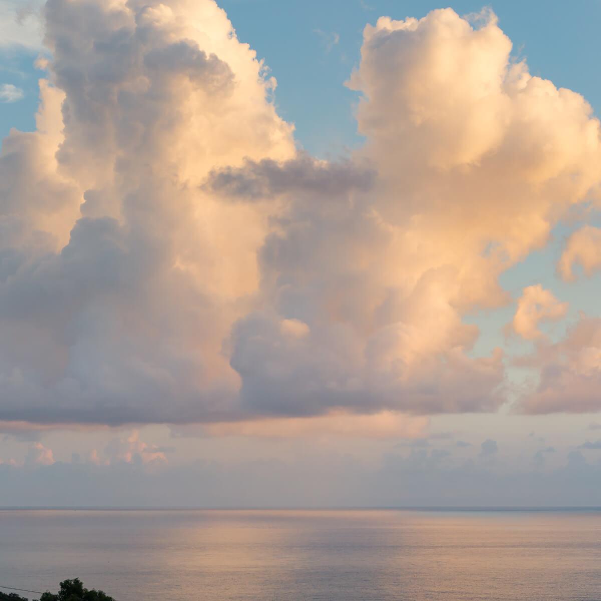 夕暮れ時の空 屋久島日々の暮らしとジュエリー オーダーメイドマリッジリングのモチーフ