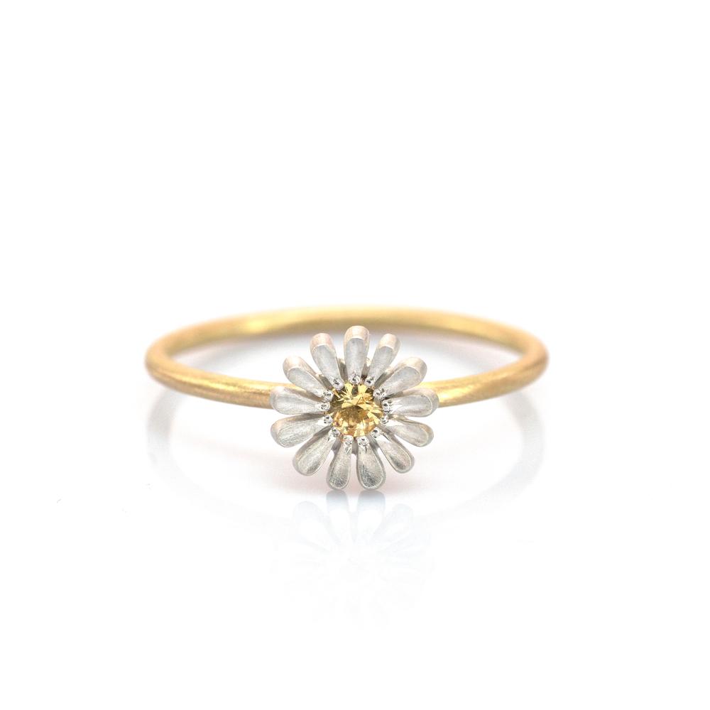 白バック お花の指輪 シルバー、ゴールド 屋久島でつくる婚約指輪