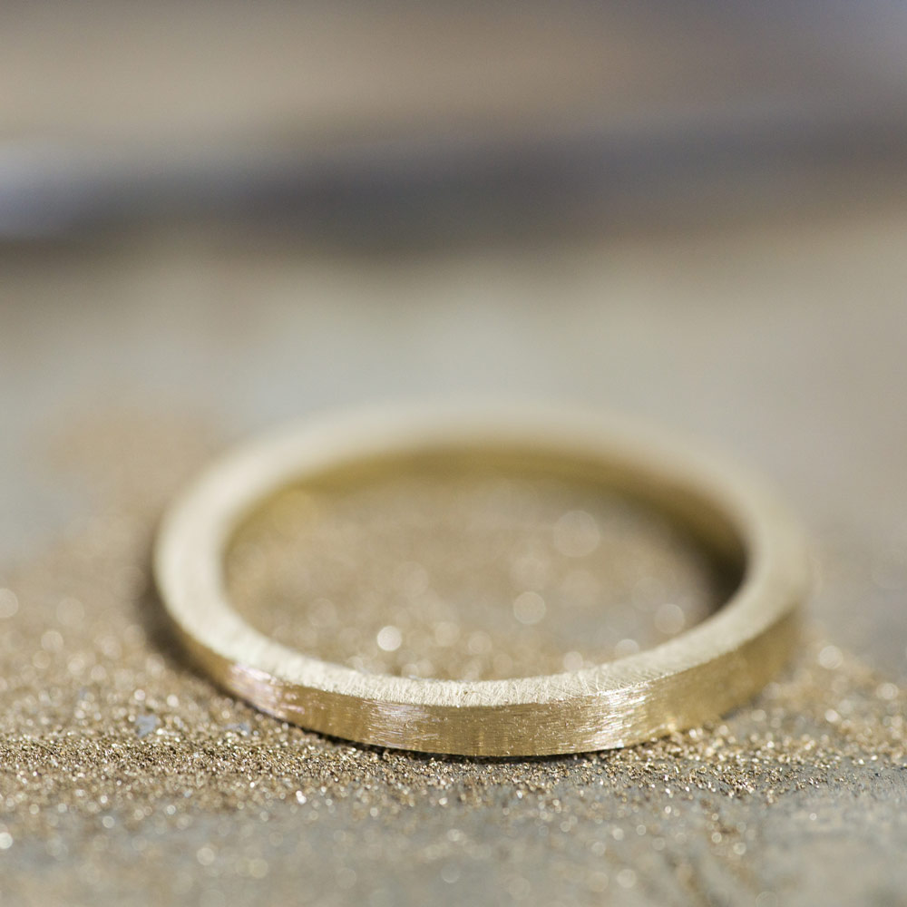 ジュエリーの制作過程 ゴールドのリング 屋久島で作る結婚指輪