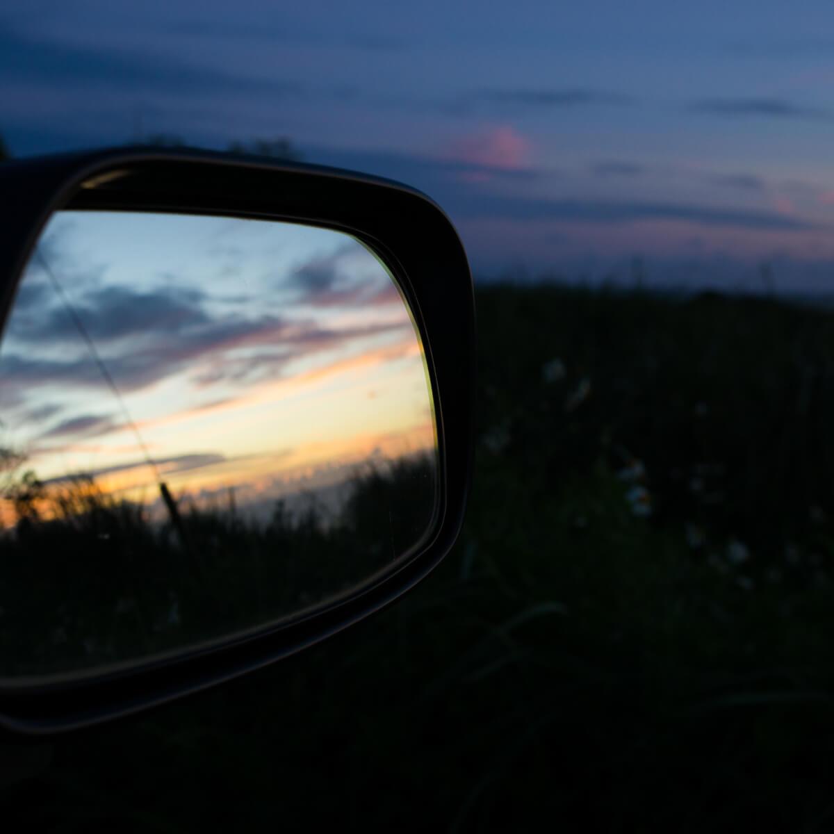 車窓より望む 屋久島の夕暮れ時 屋久島日々の暮らしとジュエリー オーダーメイドマリッジリングのインスプレーション