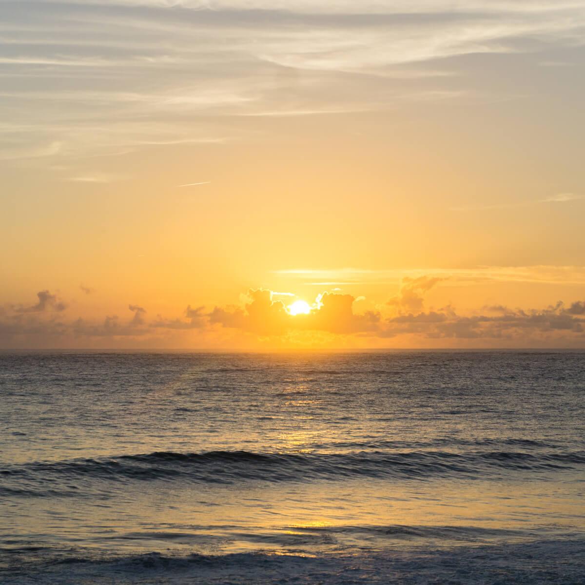 屋久島の海、夕日 屋久島海とジュエリー オーダーメイドジュエリーのモチーフ