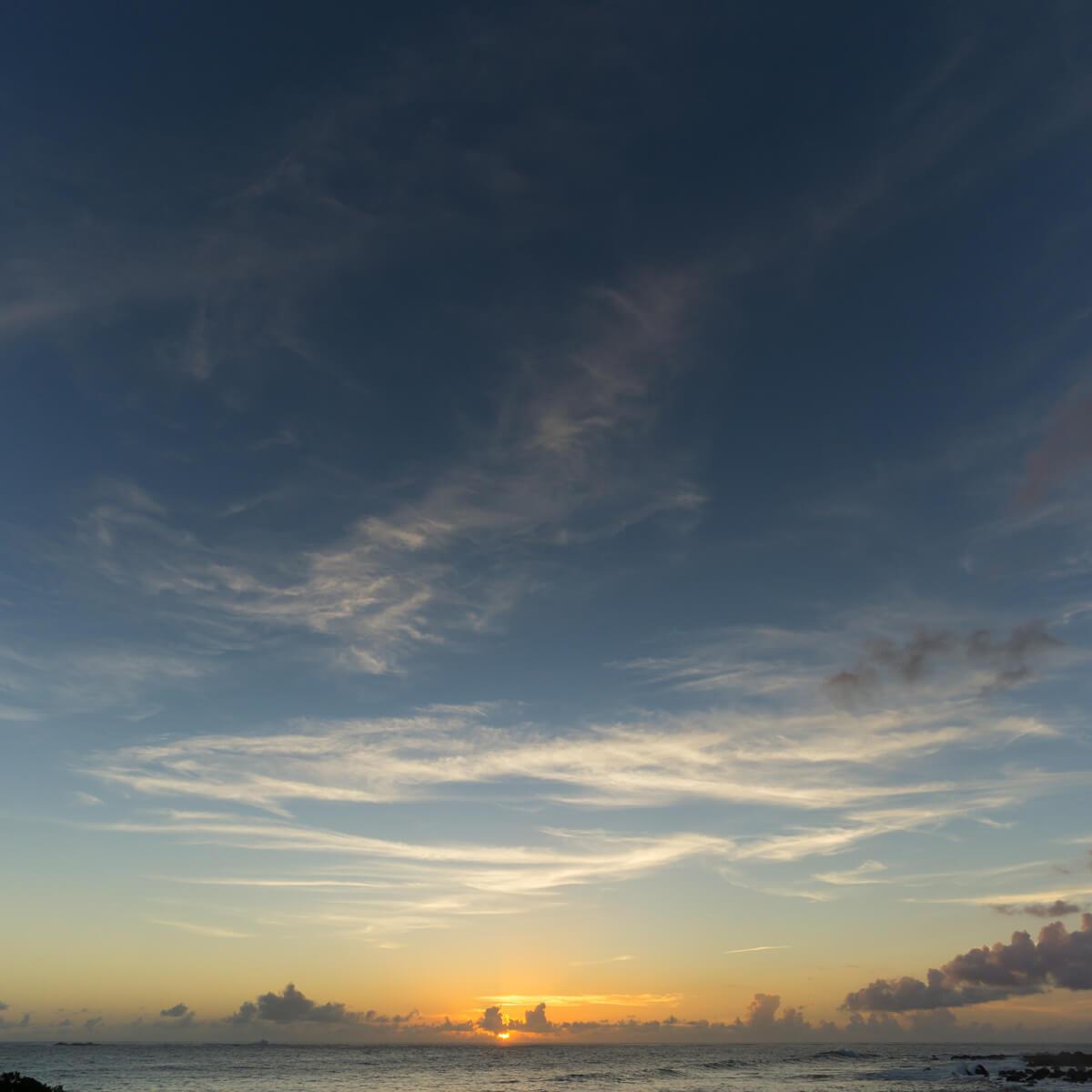 屋久島の海、夕焼け 屋久島海とジュエリー オーダーメイドマリッジリングのモチーフ