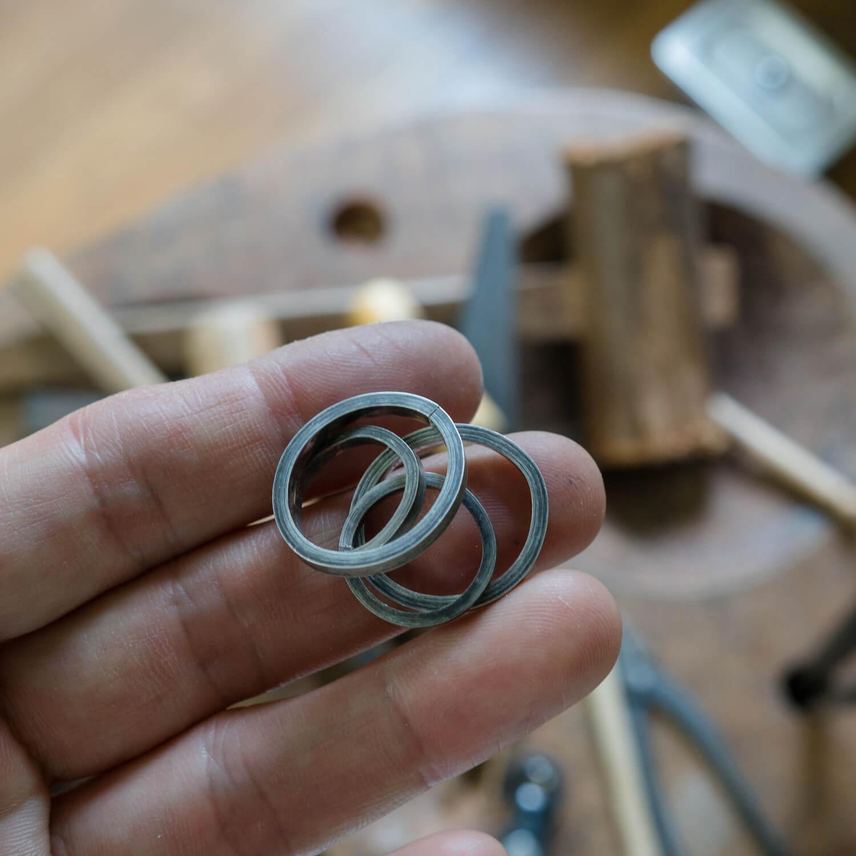 オーダーメイドマリッジリングのサンプル作り風景 シルバー 屋久島でつくる結婚指輪
