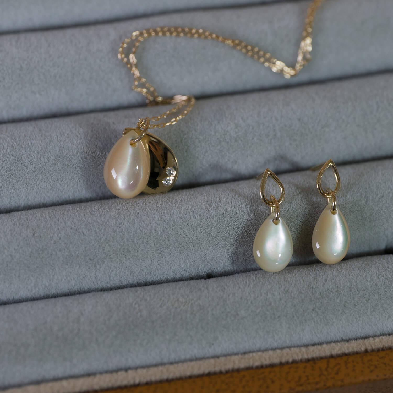 オーダーメイドネックレス、ピアス 屋久島ジュエリーのアトリエ  屋久島の夜光貝、ゴールド、ダイヤモンド 屋久島でつくる結婚指輪