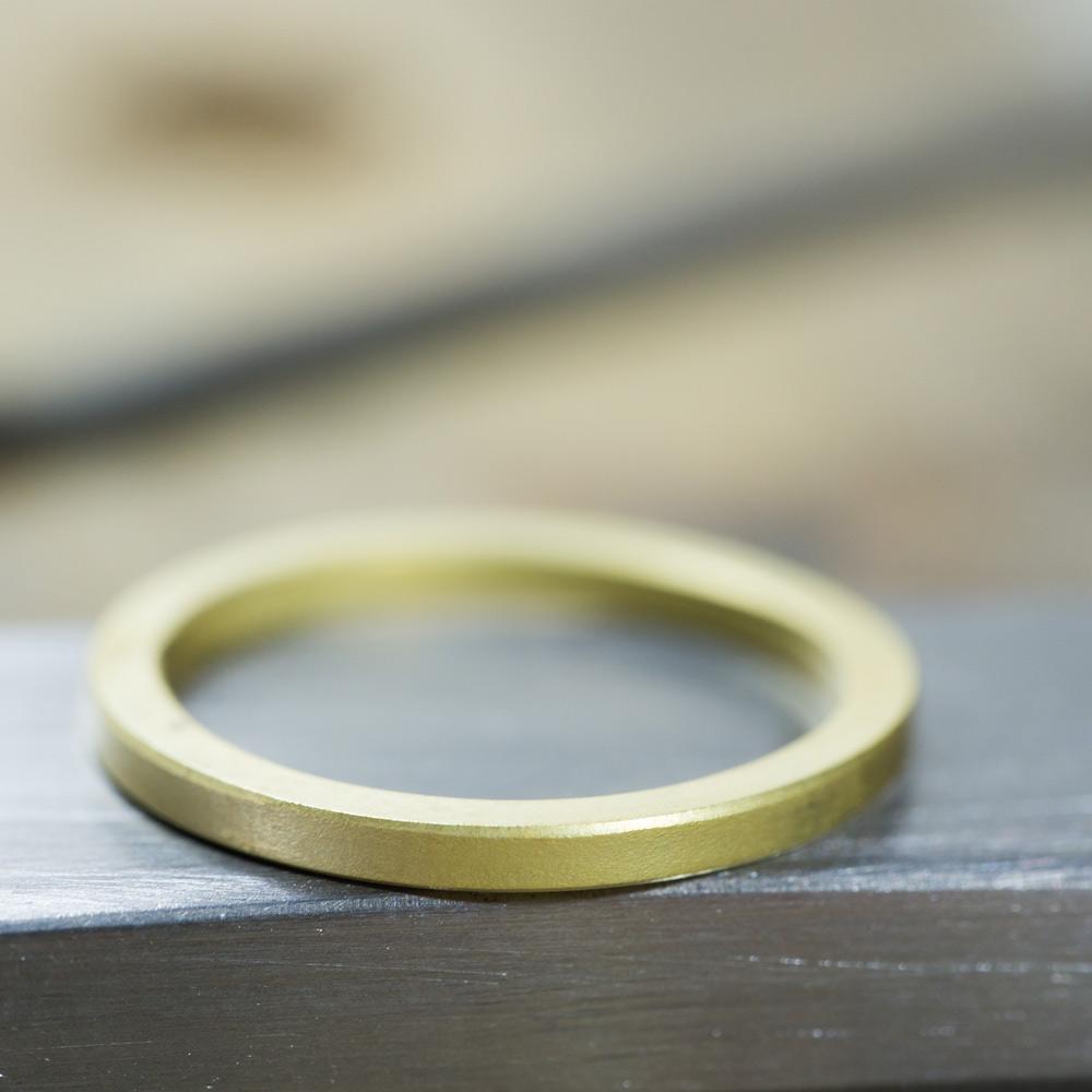 ハンドメイドジュエリー ゴールドリングの制作途中 屋久島でつくる結婚指輪