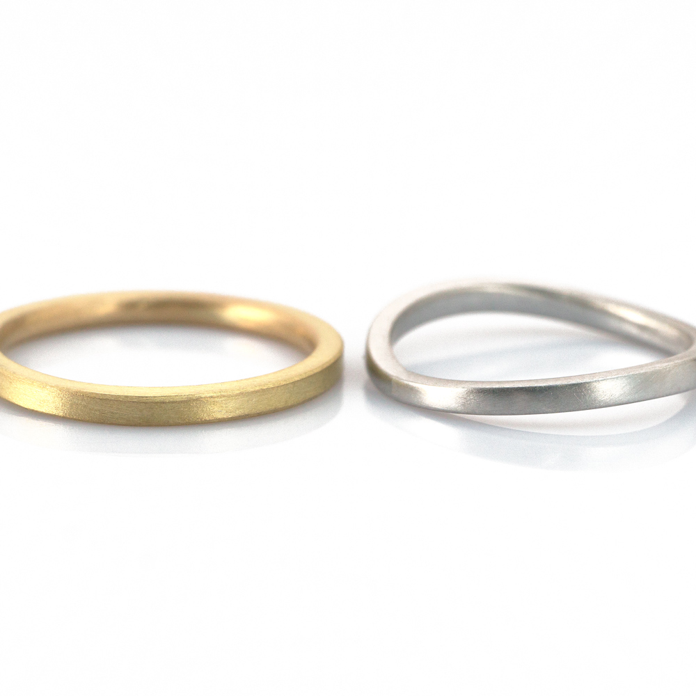 1.6mm, 1.8-1.4mm square, in platinum and yellow gold  #屋久島でつくる結婚指輪