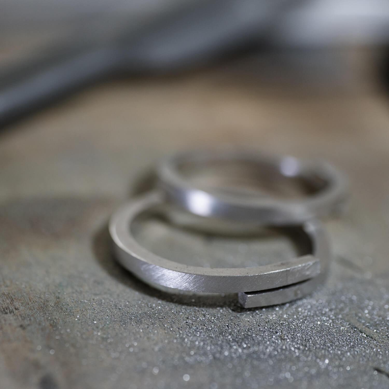 step2 オーダーメイドマリッジリングの制作風景 ジュエリーのアトリエ プラチナ 屋久島でつくる結婚指輪