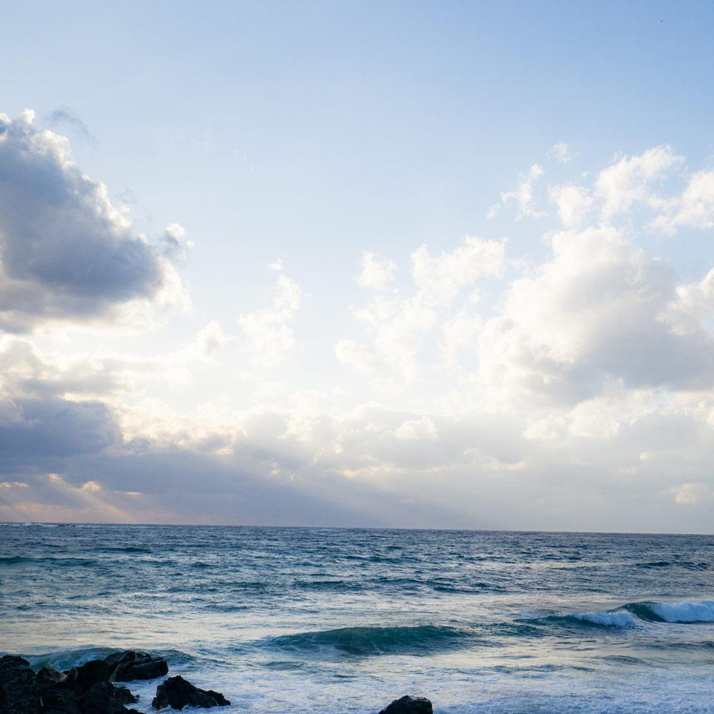 屋久島の海、夕日 海とジュエリー