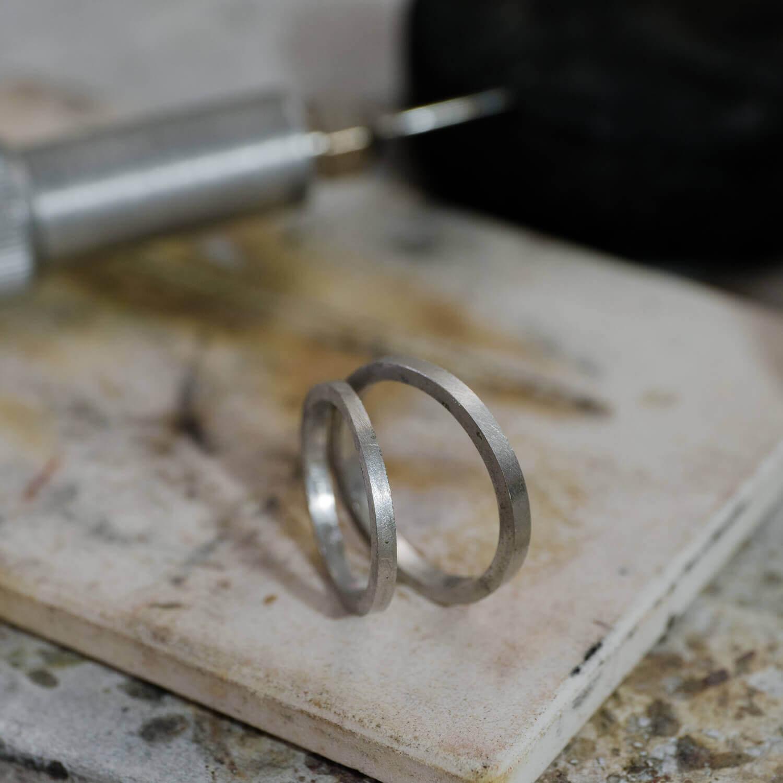 おーだ名イドマリッジリングの制作風景 屋久島ジュエリーのアトリエ プラチナリング 屋久島でつくる結婚指輪