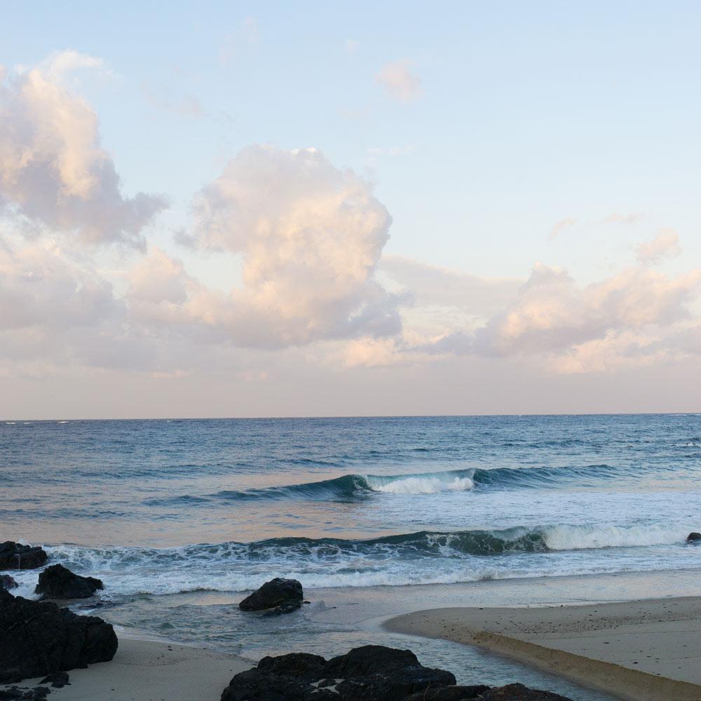 屋久島の海、朝焼け