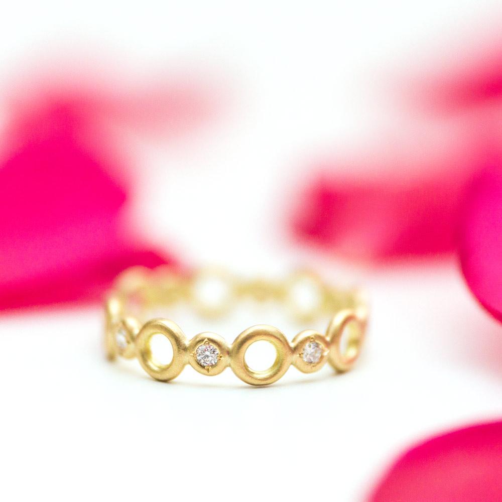 オーダーメイドマリッジリング 白バック 屋久島の山茶花 プラチナ、ゴールド 屋久島で作る結婚指輪