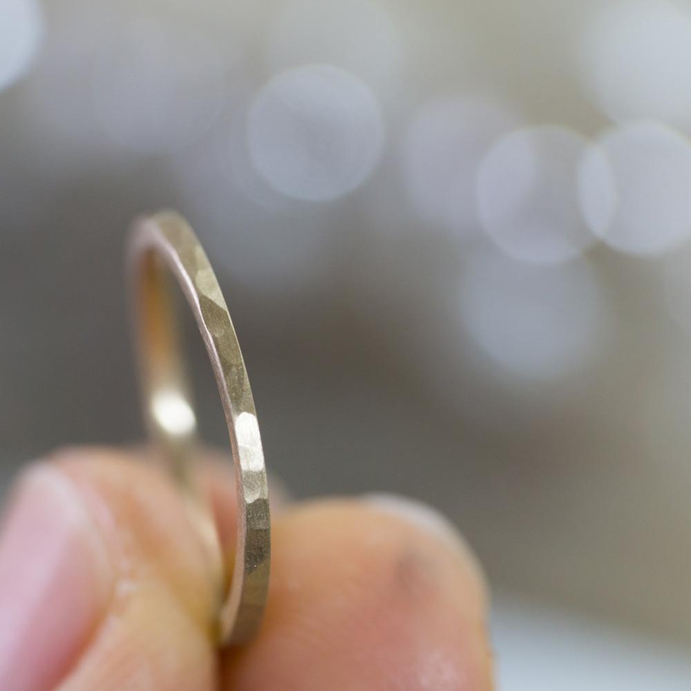 場面3 オーダーメイドマリッジリング 屋久島のアトリエ ゴールド 屋久島で作る結婚指輪