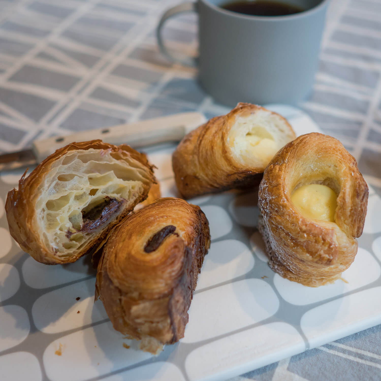 ジュエリーのアトリエ おやつの時間 パン、コーヒー 屋久島日々の暮らしとジュエリー