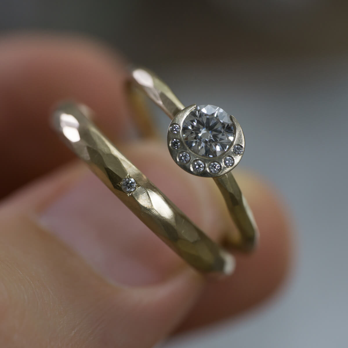 随時動画更新しています!結婚指輪素材比較編 プラチナ、シャンパンゴールド、シルバー