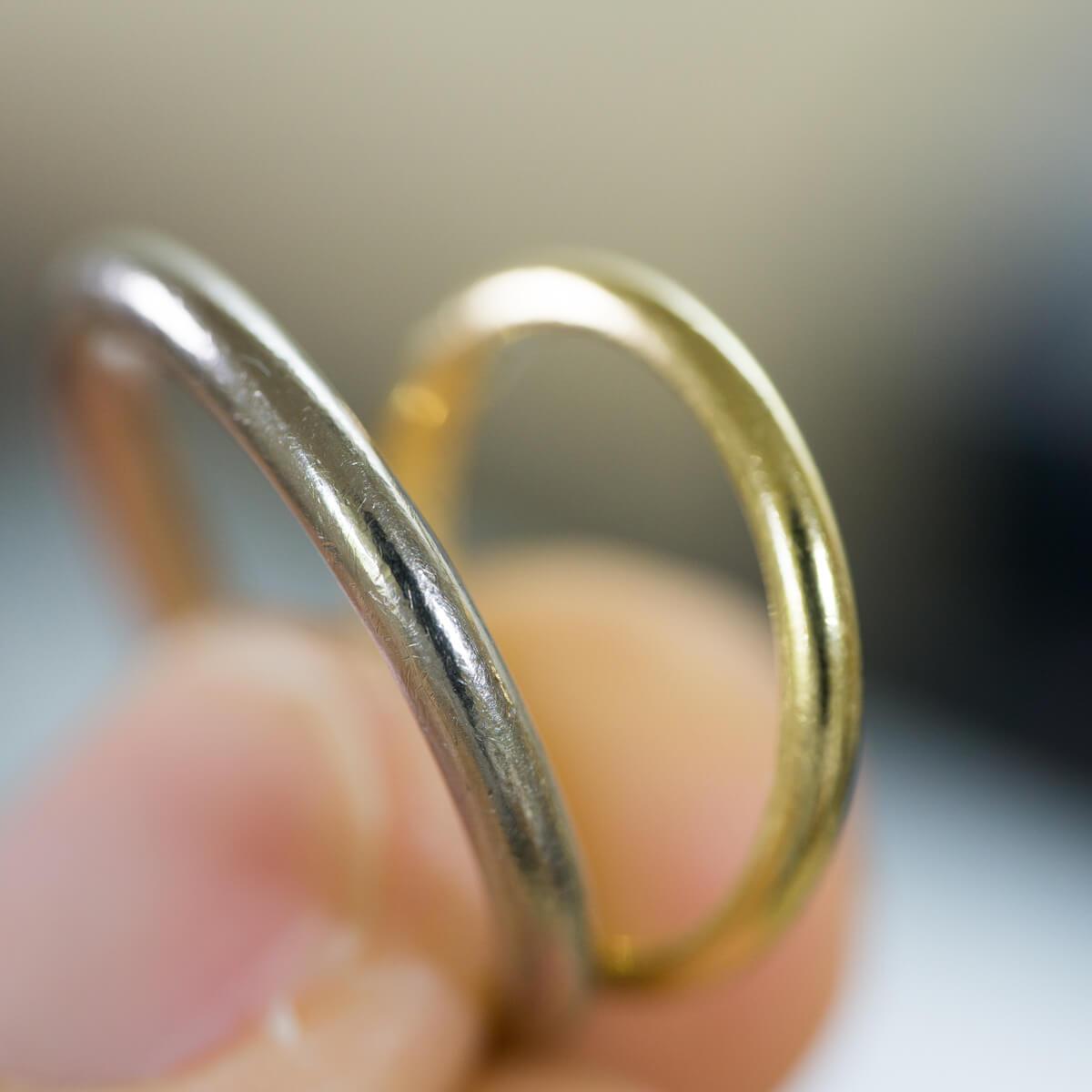 手に持って オーダーメイドマリッジリング ジュエリーのアトリエ ゴールド 屋久島でつくる結婚指輪