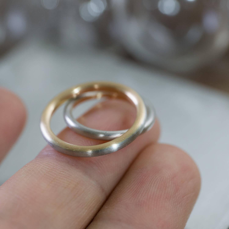 角度3 オーダーメイドマリッジリング 屋久島ジュエリーのアトリエ プラチナ、ゴールド 屋久島でつくる結婚指輪