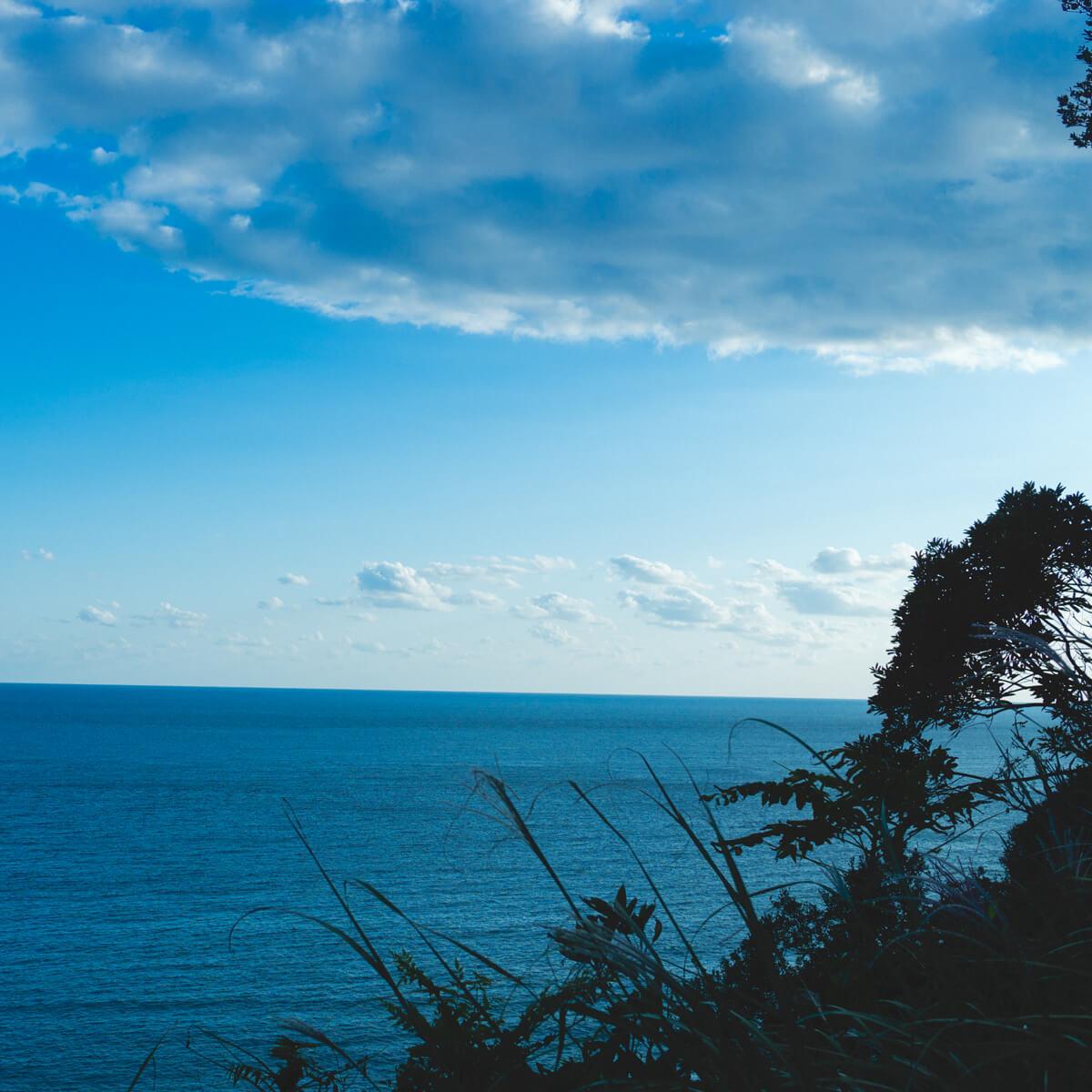 夕暮れ時 屋久島の海、空雲 屋久島海とジュエリー オーダーメイドマリッジリングのモチーフ