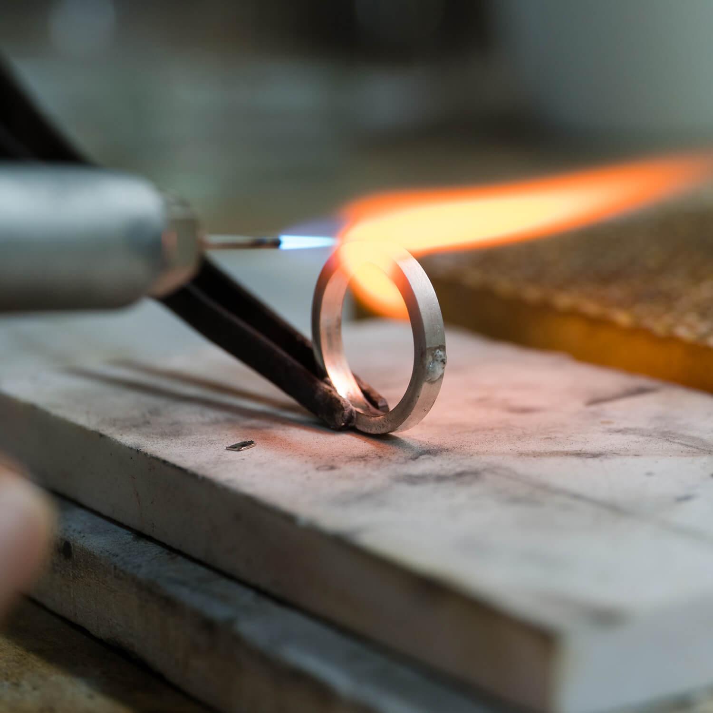 オーダーメイドマリッジリングの制作過程 屋久島ジュエリーのアトリエ プラチナリング 屋久島でつくる結婚指輪