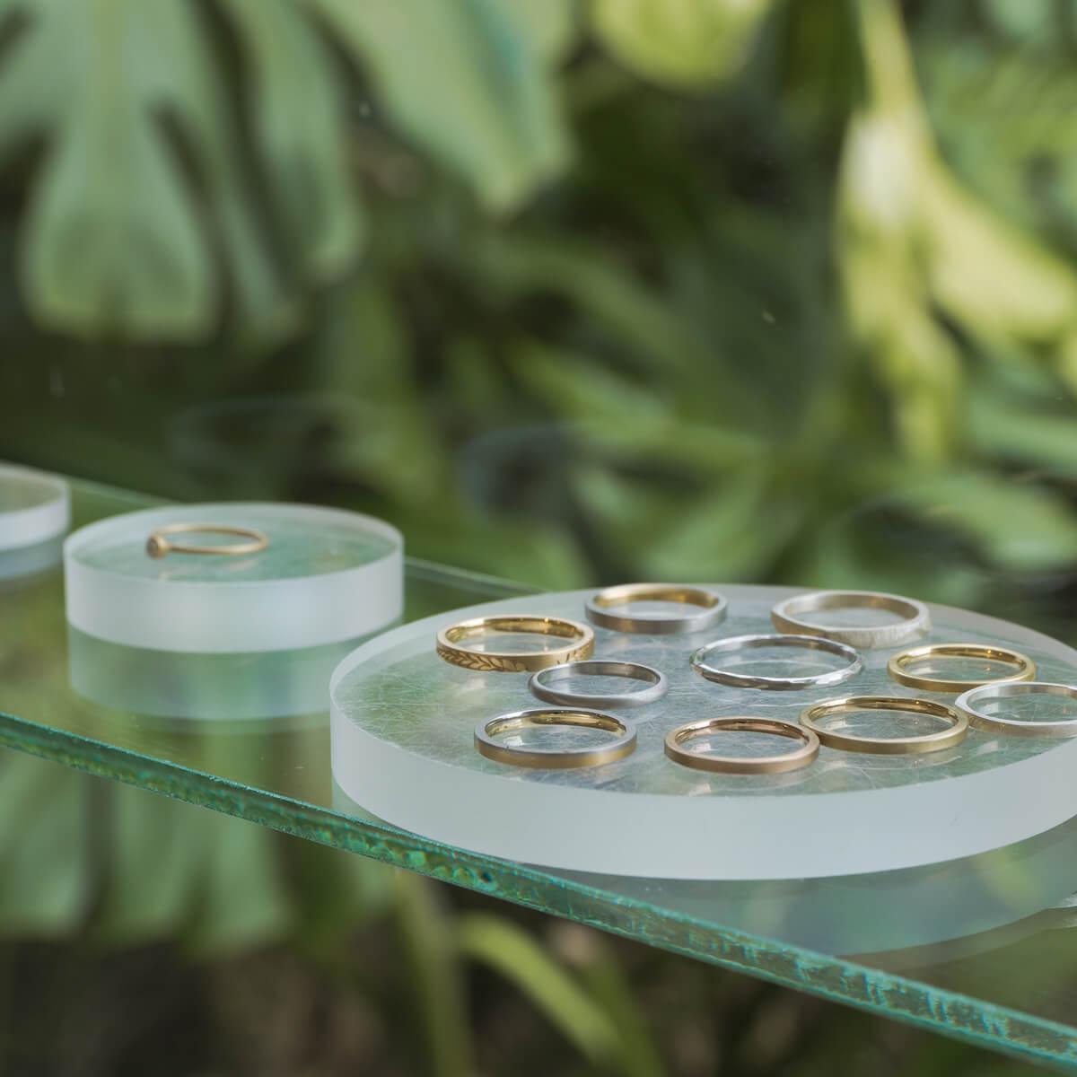 結婚指輪、素材選びはこだわりたい! 屋久島しずくギャラリーで選ぶ、ゴールド プラチナの色々