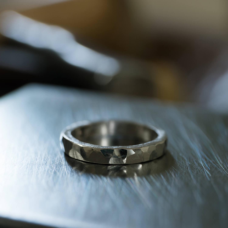 オーダーメイドマリッジリングの制作風景 屋久島ジュエリーのアトリエ プラチナの指輪 屋久島でつくる結婚指輪