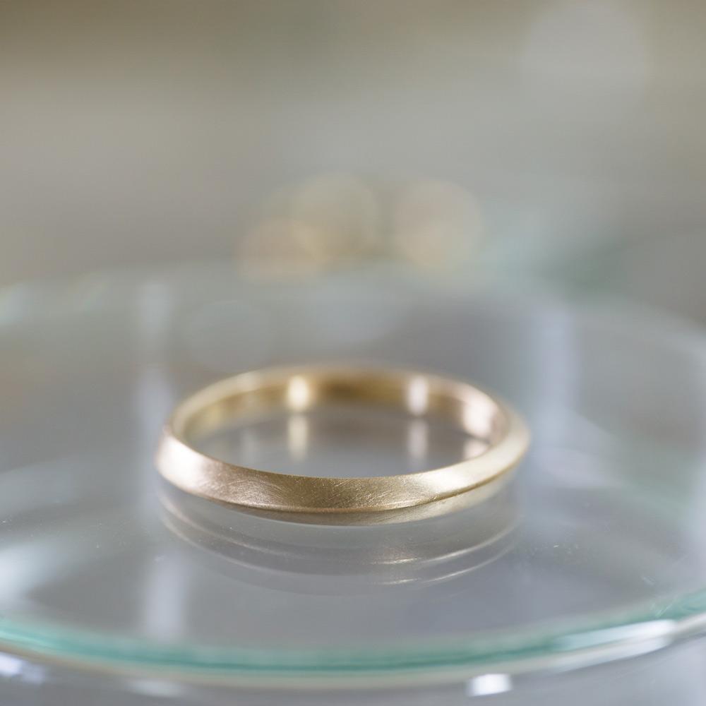 オーダーメイドマリッジリング メンズ 屋久島の山モチーフ ゴールド 屋久島で作る結婚指輪