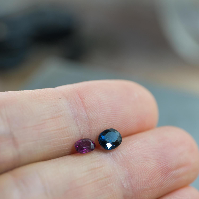 お預かりしたルビーとサファイア。大切な石も金属も受け継いで指輪を作りたい!リメイクジュエリー編