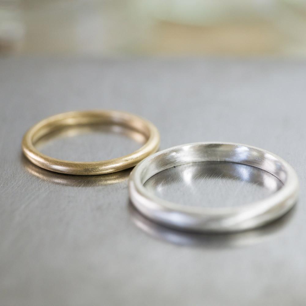 オーダーメイドマリッジリング ジュエリーのアトリエ ゴールドにクローズアップ シルバー、ゴールド 屋久島で作る結婚指輪