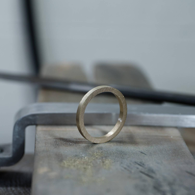 オーダーメイドマリッジリングの制作風景 ジュエリーのアトリエ ゴールド 屋久島でつくる結婚指輪